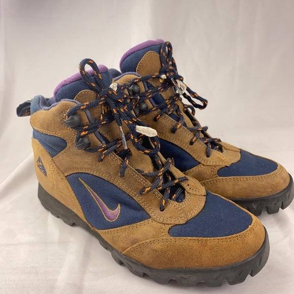 antepasado Fundador A nueve  Nike Shoes   Acg Boots Womens Size 9   Poshmark